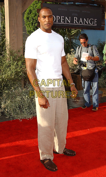 HENRY SIMMONS.Open Range LA Film Premiere at the Arclight Cinerama Dome in Hollywood..www.capitalpictures.com.sales@capitalpictures.com.©Capital Pictures..full length, full-length
