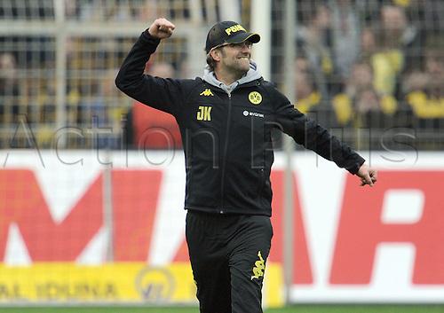 17 03 2012   Bundesliga 26 Matchday Borussia Dortmund versus Werder Bremen Cheering from team manager Jurgen Klopp Borussia Dortmund