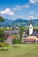Austria, Vorarlberg, Schwarzenberg: village centre with parish church and listed (landmarked) buildings | Oesterreich, Vorarlberg, Schwarzenberg: Ortskern mit Pfarrkirche und denkmalgeschuetzten Haeusern