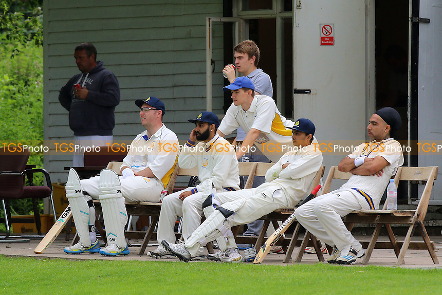 Rainham players look on during Ingatestone and Fryerning CC vs Rainham CC (batting), T Rippon Mid Essex Cricket League Cricket at The Limes on 25th June 2016