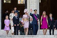 Le Roi Philippe de Belgique, la Reine Mathilde de Belgique et leurs 4 enfants, la princesse Elisabeth, le prince Gabriel, le prince Emmanuel et la princesse El&eacute;onore assistent &agrave; la c&eacute;r&eacute;monie du &quot; Te Deum &quot; &agrave; la cath&eacute;drale des Saints Michel et Gudule &agrave; Bruxelles, &agrave; l'occasion de la f&ecirc;te Nationale belge.<br /> Belgique, Bruxelles, 21 juillet 2017<br /> King Philippe of Belgium, Queen Mathilde of Belgium and their children Princess Eleonore, Prince Gabriel , Crown Princess Elisabeth and Prince Emmanuel pictured during the Te Deum mass, on the occasion of Today's Belgian National Day, at the Saint Michael and St Gudula Cathedral in Brussels.<br /> Belgium, Brussels, 21 July 2017