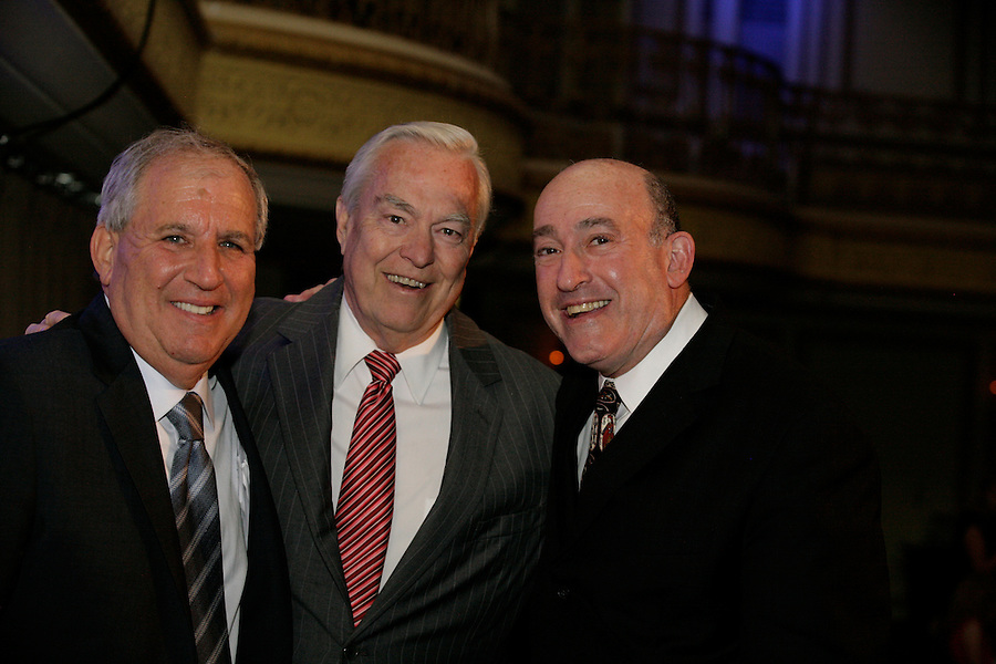 Broadcaster Bill Kurtis (center) with honorees Jim Terman (left) and Rick Jasculca at the Publicity Club of Chicago's Golden Trumpet Awards. PCC recognized the region's best strategic communications work done in 2013 at the Golden Trumpet Awards dinner at the Palmer House in downtown Chicago on Wednesday, June 4, 2014   [Photo by Karen Kring]