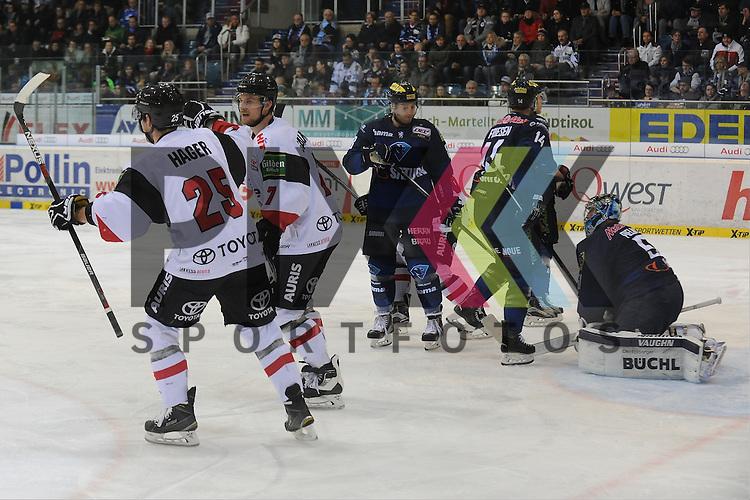 Koelns Patrick Hager (Nr.25) , Koelns Johannes Salmonsson (Nr.7) bejubeln das 2:1, Ingolstadts Brandon McMillan (Nr.88), Ingolstadts Dustin Friesen (Nr.14)  , Ingolstadts Timo Pielmeier (Nr.51) <br /> Am 07FEB16 fand in der Saturnarena das Spiel des ERC Ingolstadt vs. K&ouml;lner Haie statt. beim Spiel in der DEL, ERC Ingolstadt (blau) - Koelner Haie (weiss).<br /> <br /> Foto &copy; PIX-Sportfotos *** Foto ist honorarpflichtig! *** Auf Anfrage in hoeherer Qualitaet/Aufloesung. Belegexemplar erbeten. Veroeffentlichung ausschliesslich fuer journalistisch-publizistische Zwecke. For editorial use only.