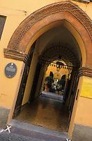 """Europe/Italie/Emilie-Romagne/Bologne : Cour intérieure """"Casa Lupari"""" via Luzzo"""