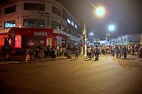 SÃO PAULO,SP,02.03,2017 - CRIME-SP - Manifestantes fazem protesto em frente o Habibs no bairro da Cachoeirinha zona norte de SP, por conta da morte do garoto de treze anos domingo (26) nesta quinta-feira (02). ( Foto : Marcio Ribeiro / Brazil Photo Press)