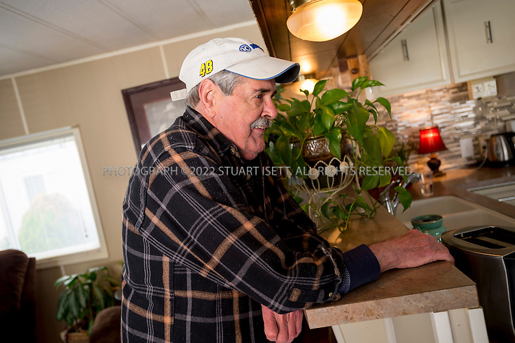Arlington, WA - April 22, 2014: Ted Goff,&nbsp;73, in his home in Arlington Washington where he lives with his wife Linda. A longtime smoker, he has stage 4 emphysema and was told by his doctors he has about six months to live (May is six months). He only has 24 percent oxygen in one lung and 8 percent in the other lung, not enough to be life-sustaining. <br /> &nbsp; &nbsp; <br /> About five years ago, the couple filled out an advanced directive at the suggestion of his doctor. But they didn't really understand any of the terms. When the pulmonologist gave Ted the prognosis last year, and asked whether Ted wanted to be on a ventilator, he suggested they see a video that would explain what that involved. After watching it, the Goffs realized they did not want him to be on a ventilator, or to be resusitated, or to receive any kind of intervention to sustain his life.<br /> <br /> (Photo by Stuart Isett for The Washington Post)