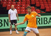 09-09-13,Netherlands, Groningen,  Martini Plaza, Tennis, DavisCup Netherlands-Austria, DavisCup,   Training, Robin Haase (NED) on the background  Raymond Knaap (coach) <br /> Photo: Henk Koster