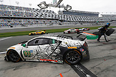 26-29 January, 2017, Daytona Beach, Florida, USA<br /> 93, Acura, Acura NSX, GTD, Andy Lally, Katherine Legge, Mark Wilkins, Graham Rahal, pit stop<br /> &copy;2017, Michael L. Levitt<br /> LAT Photo USA