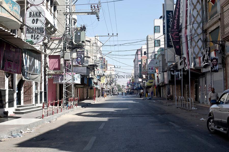 GAZA: An empty street of the Center of Gaza near the souk.<br /> <br /> GAZA: Une rue vide du Centre de Gaza, pr&egrave;s du souk. 1er Aout 2014