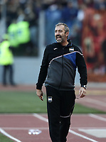 Football, Serie A: AS Roma - Sampdoria, Olympic stadium, Rome, November 11, 2018. <br /> Sampdoria's coach Marco Giampaolo speaks to his players during the Italian Serie A football match between Roma and Sampdoria at Rome's Olympic stadium, on November 11, 2018.<br /> UPDATE IMAGES PRESS/Isabella Bonotto