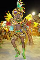 RIO DE JANEIRO, RJ, 19 DE FEVEREIRO 2012 - CARNAVAL 2012 - DESFILE IMPERATRIZ LEOPOLDINENSE -  Desfile da Escola de Samba Imperatriz Leopoldinense, no primeiro dia de desfiles das Escolas de Samba do Grupo Especial do Rio de Janeiro, no Sambódromo da Marques de Sapucaí, no centro da cidade, neste domingo.  (FOTO: GLAICON EMRICH - BRAZIL PHOTO PRESS