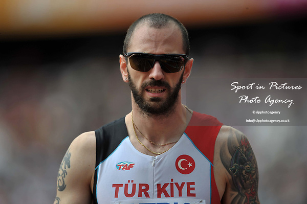 Ramil Guliyev (TUR) in the mens 4 x 100m relay. IAAF world athletics championships. London Olympic stadium. Queen Elizabeth Olympic park. Stratford. London. UK. 12/08/2017. ~ MANDATORY CREDIT Garry Bowden/SIPPA - NO UNAUTHORISED USE - +44 7837 394578