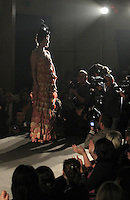 MODELLE PER UN GIORNO ALCUNE DETENUTE  DEL CARCERE FEMMINILE DI POZZUOLI HANNO SFILATO IN PASSERELLA PER LO STILISTA GIANNI MOLARO<br /> NELLA FOTO LA SALA TRUCCO