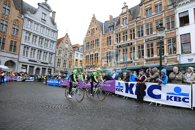 Belkin Pro Cycling Team riders head to sign on before the start of the 2014 Tour of Flanders, Bruges, Belgium.<br /> Picture: Eoin Clarke www.newsfile.ie