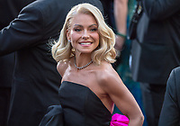 Kelly Ripa arrives on the red carpet of The 90th Oscars&reg; at the Dolby&reg; Theatre in Hollywood, CA on Sunday, March 4, 2018.<br /> *Editorial Use Only*<br /> CAP/PLF/AMPAS<br /> Supplied by Capital Pictures