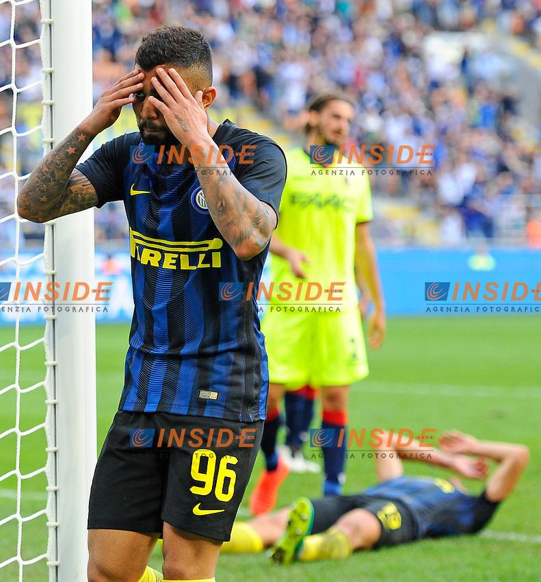 Delusione Gabriel Barbosa Inter con a terra Andrea Ranocchia<br /> Milano 25-09-2016 Stadio Giuseppe Meazza - Football Calcio Serie A Inter - Bologna. Foto Giuseppe Celeste / Insidefoto