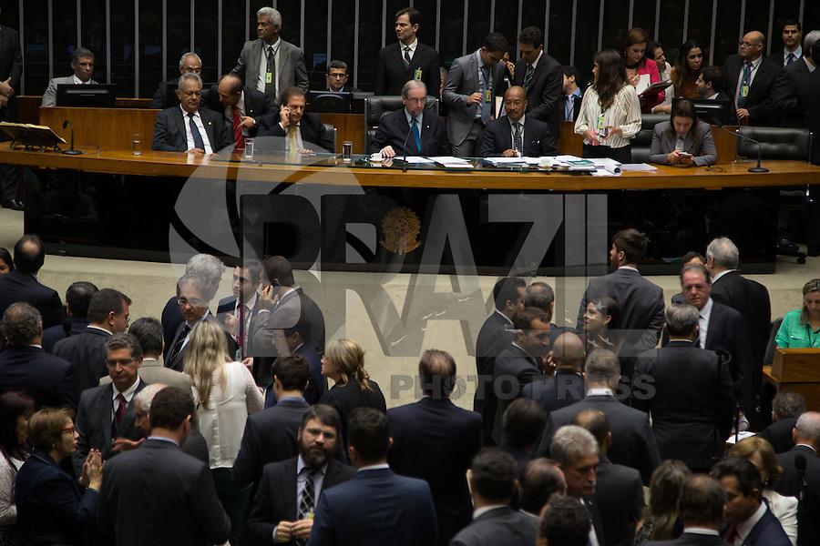 BRASILIA,DF, 21.03.2016 - CONGRESSO-DF - Vista do plenário da Câmara dos Deputados, em Brasília, durante sessão, nesta segunda-feira, 21.<br />  (Foto: Ed Ferreira/Brazil Photo Press)