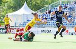 Tyres&ouml; 2014-05-25 Fotboll Damallsvenskan Tyres&ouml; FF - FC Roseng&aring;rd :  <br /> Tyres&ouml;s  Veronica Boquete f&auml;lls av Roseng&aring;rds m&aring;lvakt Zecira Musovic i ett fril&auml;ge i andra halvleken<br /> (Foto: Kenta J&ouml;nsson) Nyckelord:  Damallsvenskan Tyres&ouml;vallen Tyres&ouml; TFF FC Roseng&aring;rd FCR Malm&ouml;