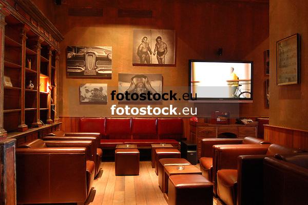 Sporting Club Fidel<br /> <br /> 3008 x 2000 px
