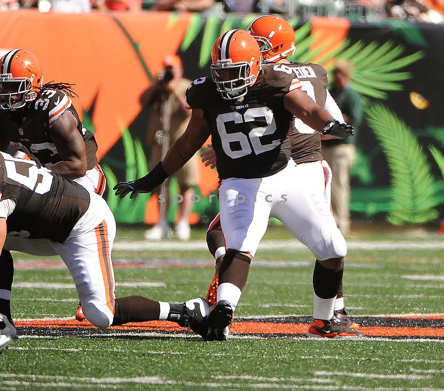 Cleveland Browns Jason Pinkston (62) in action during a game against the Cincinnati Bengals on September 16, 2012 at Paul Brown Stadium in Cincinnati, OH. The Bengals beat the Browns 34-27.