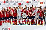 12.05.2018, Allianz Arena, Muenchen, GER, 1.FBL,  FC Bayern Muenchen vs. VfB Stuttgart, im Bild Deutscher Meister FC Bayern mit Manuel Neuer (FCB #1) Thomas Mueller (FCB #25) <br /> <br />  Foto &copy; nordphoto / Straubmeier