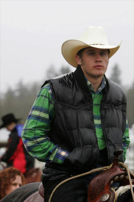 Roping contestant John Hawkins waits for his turn in the competition.