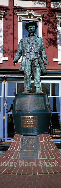 'Gassy Jack' Statue at 'Maple Tree Square' in Historic Gastown, Vancouver, BC, British Columbia, Canada