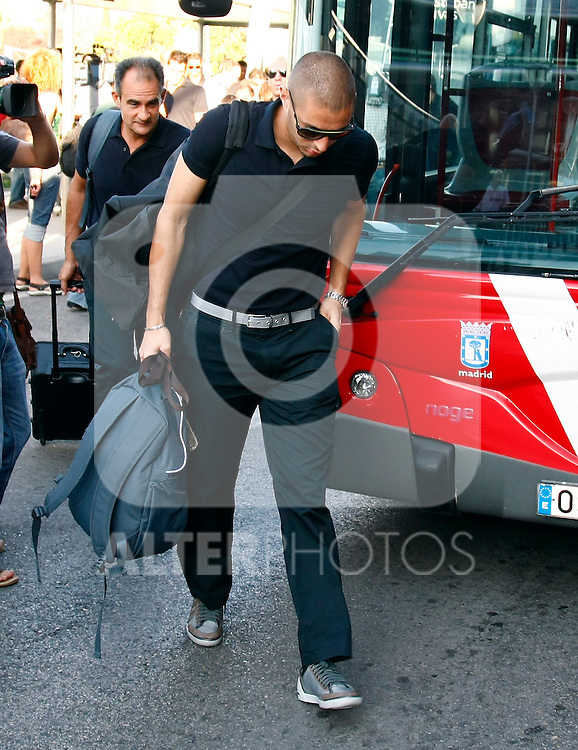 Real Madrid's Karim Benzema in Barajas' Airport in the begin of USA tour.August 6 2009..(ALTERPHOTOS/Acero).