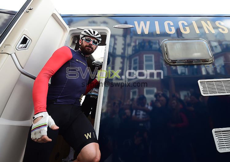 Picture by Alex Broadway/SWpix.com - 01/05/2015 - Cycling - 2015 Tour de Yorkshire: Stage 1, Bridlington to Scarborough - Sir Bradley Wiggins of Team Wiggins leaves the team van prior to the start of Stage 1.