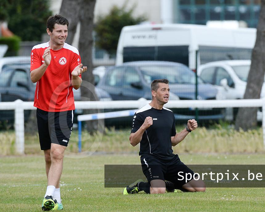 KV Kortrijk Stage Berck sur Mer : training met Stijn De Smet (links) en Adnan Custovic <br /> foto VDB / BART VANDENBROUCKE