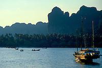 Railay Rei Lei Beach, Krabi Thailand