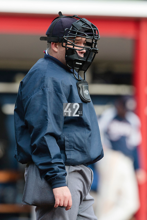 23 October 2010: Umpire Fabien Carette-Legrand is seen during Savigny 8-7 win (in 12 innings) over Rouen, during game 3 of the French championship finals, in Rouen, France.