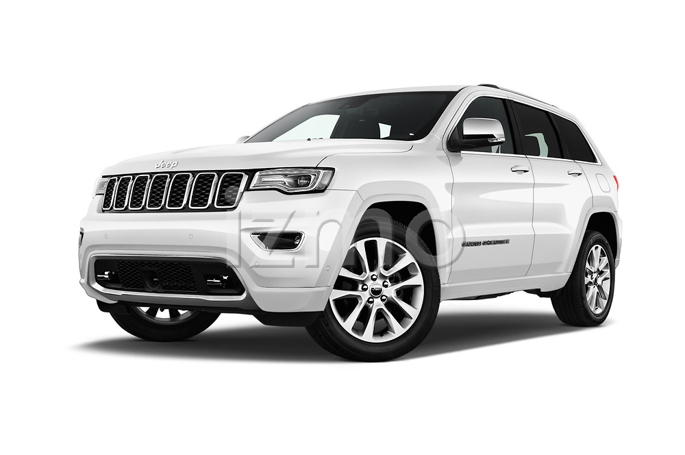 Stock pictures of low aggressive front three quarter view of 2018 JEEP Grand-Cherokee Overland 5 Door SUV Low Aggressive