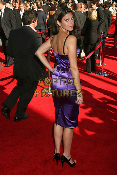 JAMIE-LYNN SIGLER.2007 ESPY Awards - Arrivals at the Kodak Theatre, Hollywood, California, USA..July 11th, 2007.full length jamie lynn jaime purple dress hand on hip satin corset style looking over shoulder .CAP/ADM/BP.©Byron Purvis/AdMedia/Capital Pictures