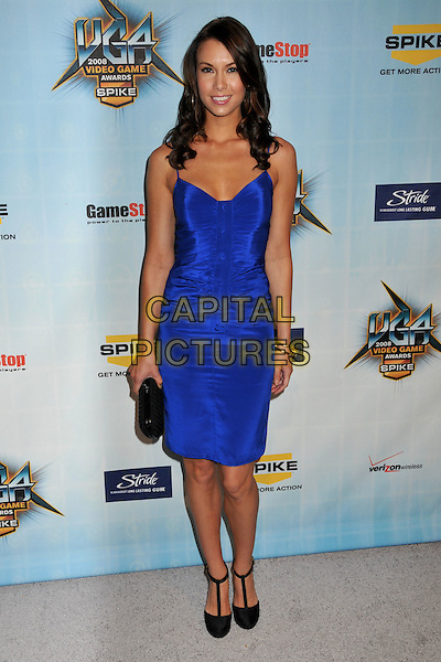 SARAH LARSON.Spike TV's 2008 Video Game Awards at Sony Pictures Studios, Culver City, California, USA..December 14th, 2008.full length blue dress black t-bar shoes clutch bag sara.CAP/ADM/BP.©Byron Purvis/AdMedia/Capital Pictures.