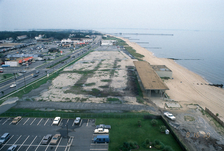 1990 August 16..Conservation.West Ocean View...OCEAN VIEW PARK.FROM NANSEMOND BY THE BAY...NEG#.NRHA#..