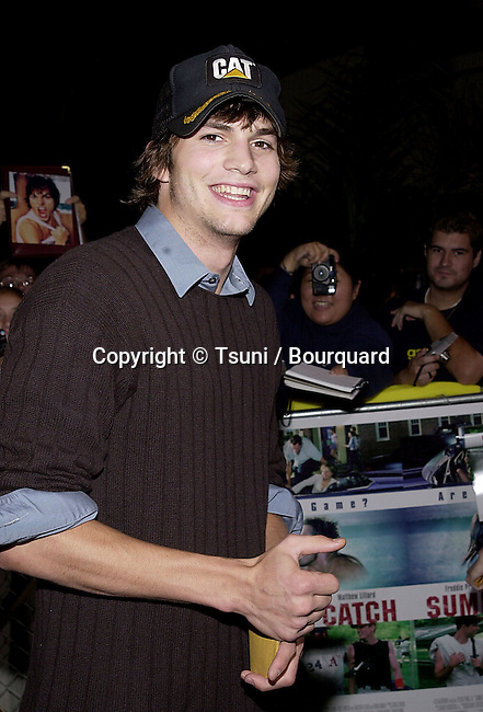 Ashton Kutcher arriving at the premiere of Summer Catch at the Mann Village Theatre in Los Angeles. August 22, 2001.           -            KutcherAshton01.jpg