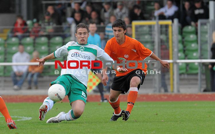 FBL 08/09 - Halbfinale U19 Deutsche Meisterschaft Rueckspiel Bremen Platz 11<br /> Werder Bremen - Mainz 05 0:3 (0:1) - Finaleinzug Mainz 05<br /> <br /> Kevin Krisch (Bremen #8)<br /> <br /> Foto &copy; nph (nordphoto)