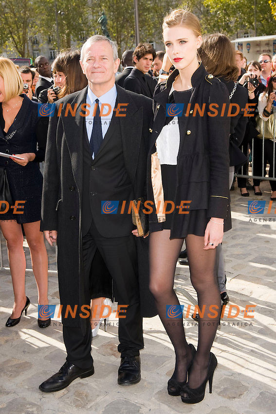 Francis Huster et Gaia Weiss .Parigi 28/9/2012 .Fashion Week. Dior. Arrivi.Foto JB Autissier / Panoramic / Insidefoto.ITALY ONLY