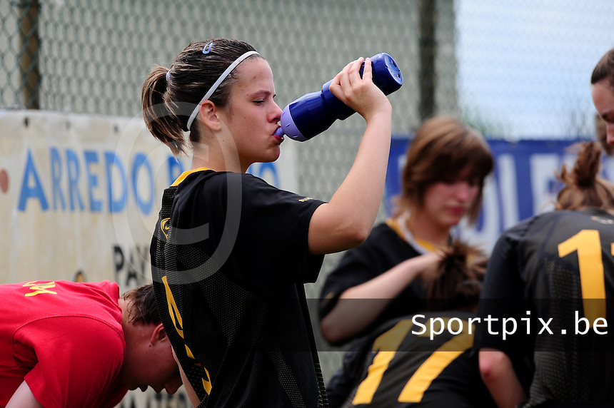 European Women's Under - 19 Championship 2011 Italy :  Belgium U19 training session at San Zaccaria : Maria-Laura Aga..foto DAVID CATRY / VROUWENTEAM.BE