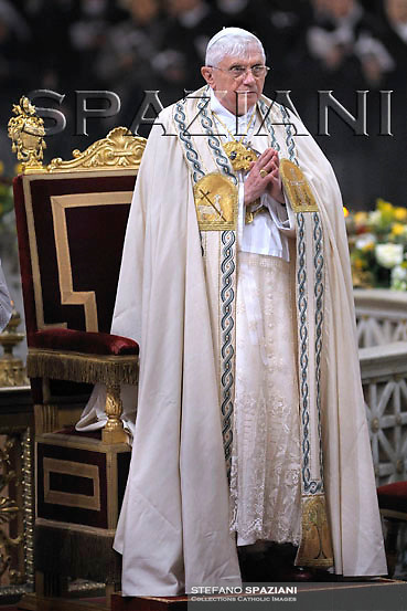 Pope Benedict XVI leads a Vesper prayer at Saint Paul Basilica in Rome January 25, 2008 .