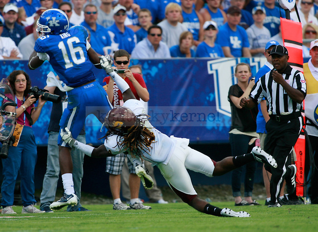 UK wide receiver La'Rod King misses a pass during the second half of UK's first home game against Central Michigan, Saturday, Sept. 10, 2011 in Lexington, Ky.  Photo by Brandon Goodwin | Staff