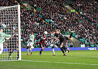 St Mirren defending in the Celtic v St Mirren Clydesdale Bank Scottish Premier League match played at Celtic Park, Glasgow on 15.12.12.