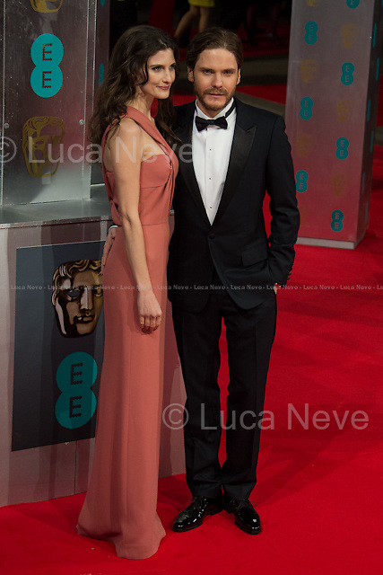 Daniel Bruhl (Actor, film: &quot;Rush&quot;) &amp; Felicitas Rombold (Model &amp; Daniel Bruhl girlfriend).<br />