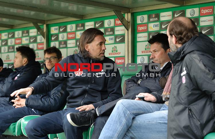 04.04.2015, Weserstadion, Bremen, GER, 1.FBL, Werder Bremen vs 1. FSV Mainz 05, im Bild Martin Schmidt (Trainer 1. FSV Mainz 05, links)<br /> <br /> Foto &copy; nordphoto / Frisch