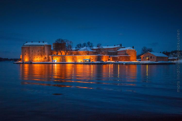 Vinter med Vaxholms färstning i Stockholms skärgård.