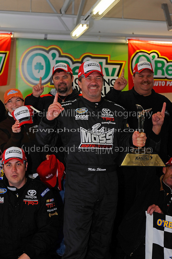 24-25 April, 2009, Kansas City, Kansas, USA.Winner Mike Skinner in Victory Lane. Toyota hat..©F. Peirce Williams 2009 USA.F. Peirce Williams.photography