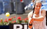 L'italiana Sara Errani in azione durante gli Internazionali d'Italia di tennis a Roma, 18 Maggio 2013..Italy's Sara Errani in action during the Italian Open Tennis WTA tournament in Rome, 18 May 2013.UPDATE IMAGES PRESS/Isabella Bonotto