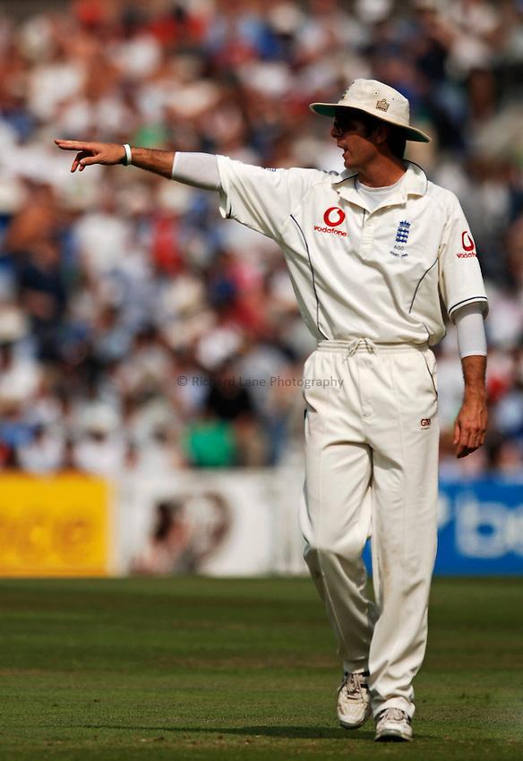 Photo: Glyn Thomas..England v Australia. nPower Test Series. The Ashes 2005..09/09/2005..England's captain Michael Vaughan.