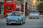 Carro antigo no centro de Londres. Inglaterra. 2008. Foto de Juca Martins.